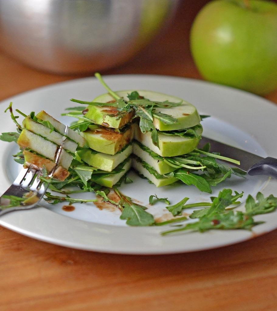 Green Apple and Arugula Stack Salad_Food Fetish