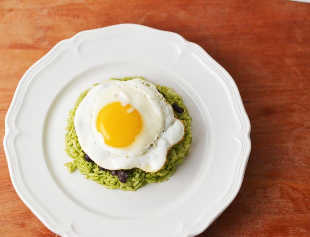 Black Bean and Fried Egg Rice Bowl_Food Fetish
