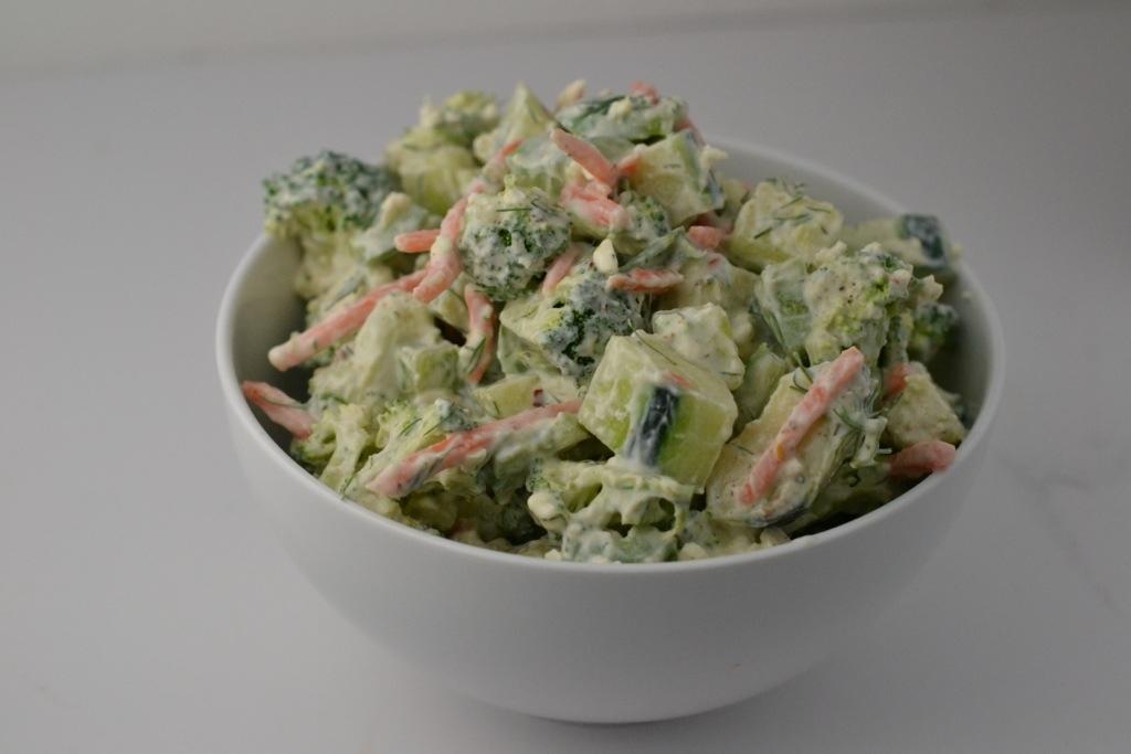 Crunchy Greek Yogurt Vegetable Salad_Food Fetish